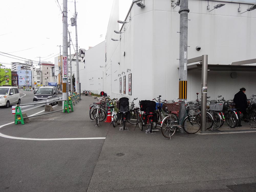 東淡路駐輪場