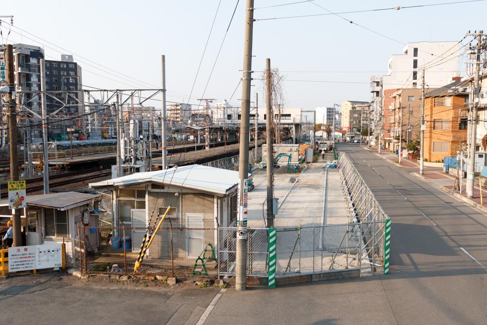 東淀川駅の橋上