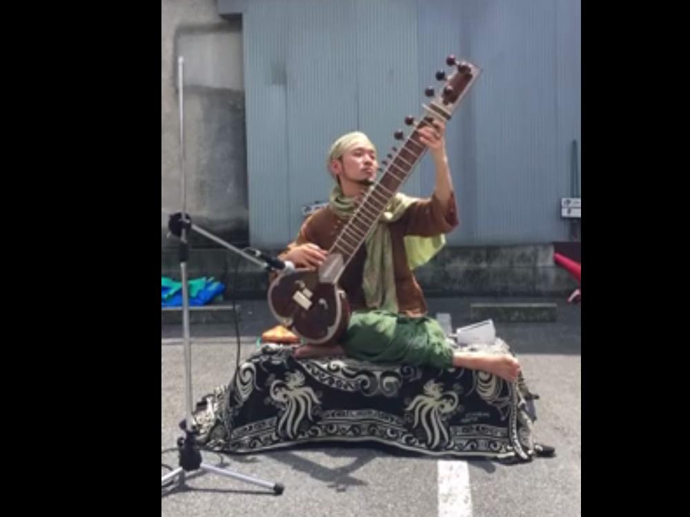 シタール福井さんFacebook