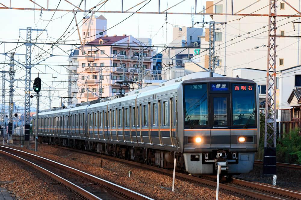 JR京都線普通西明石行