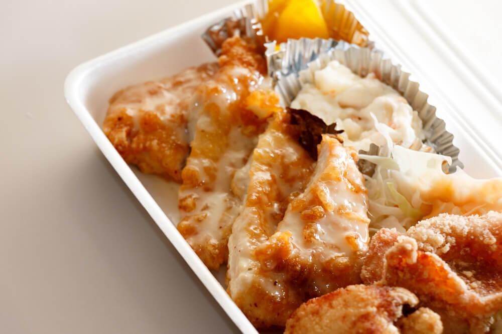 鶏笑ミックス弁当のチキン南蛮
