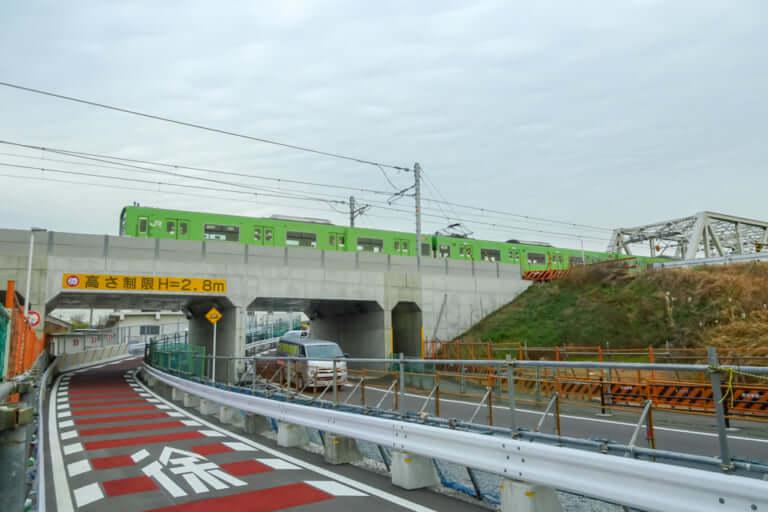 【東淀川区】JRおおさか東線開業間近。整備が進む元赤川鉄橋近くで謎の階段を発見!?
