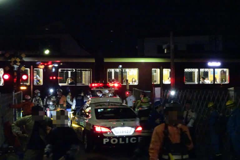 【東淀川区】影響は深夜に及びそう。本日4日夜、阪急京都線淡路駅近くの踏切で人身事故が発生。運転を見合わせています。【運転再開しました】