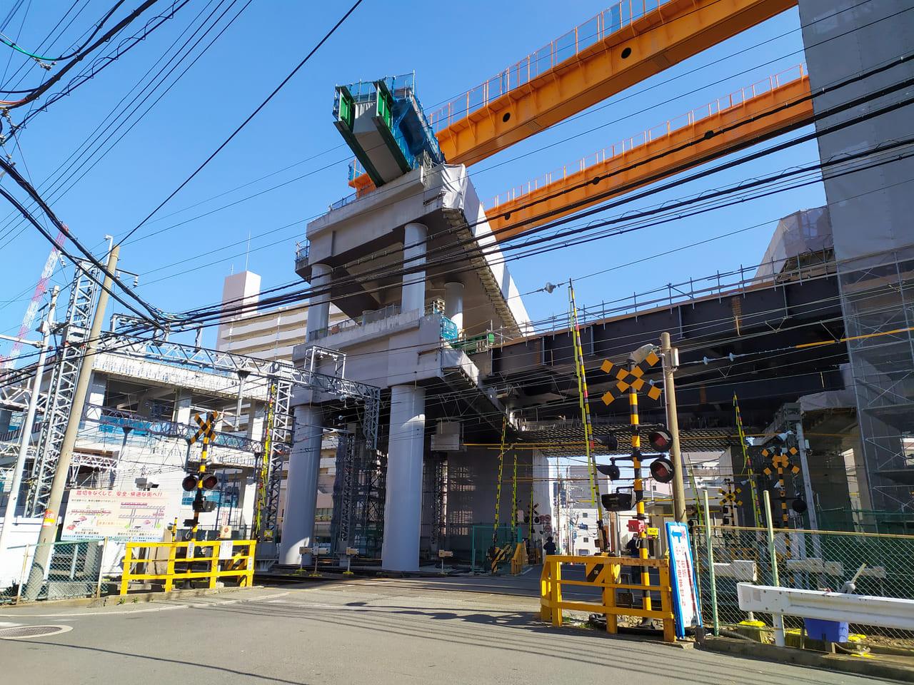 阪急高架工事淡路駅周辺昼景